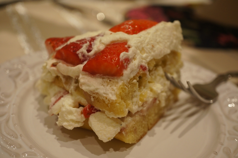 Strawberries and cream cake 3